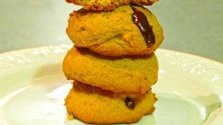 Pumpkin Cookies Stuffed with Chocolate Caramels (Riesen)