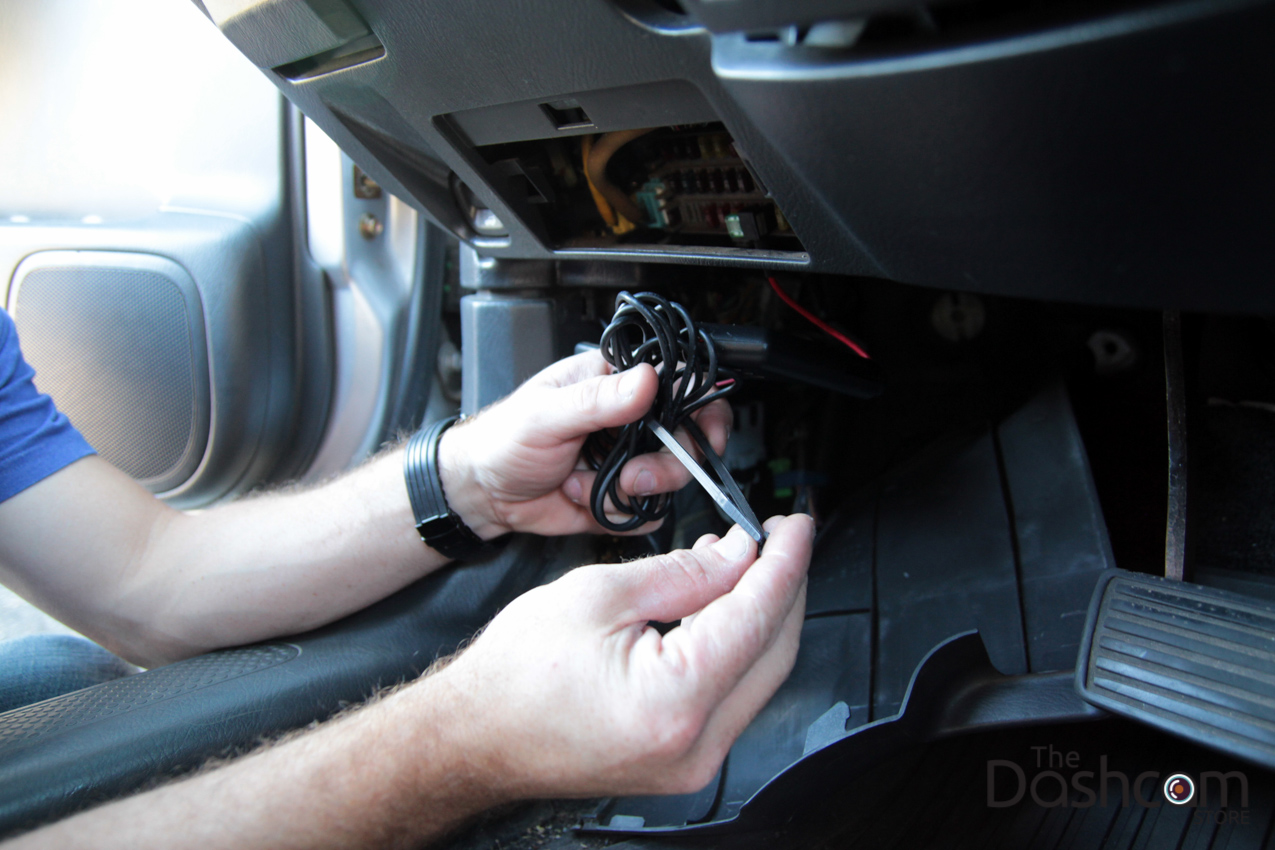 hight resolution of dashcam installation how to secure wires
