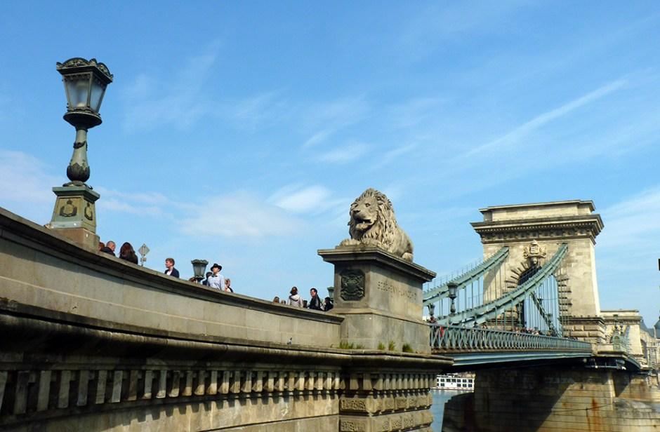 Pont des chaînes de Budapest, Hongrie