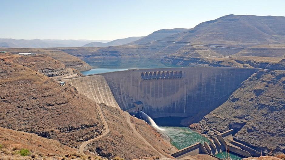 Katse Dam Barrage