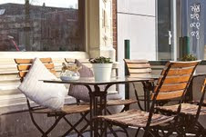 Inexpensive Ways to Add Pizazz to your Outdoor Patio