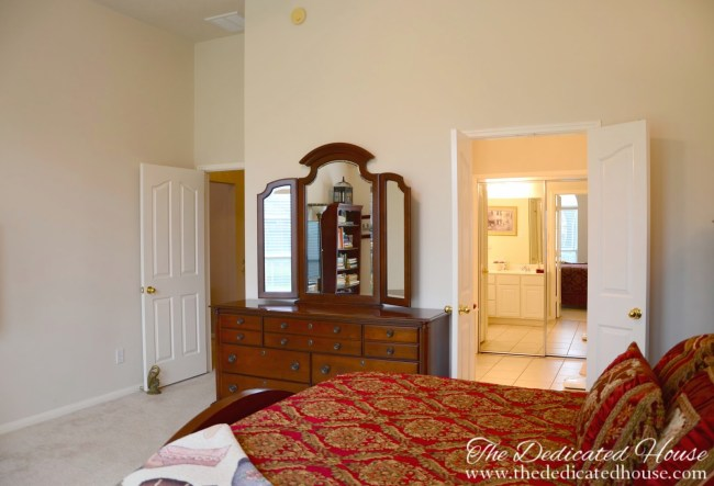 Top 4 Master Bedroom Decoration Tips