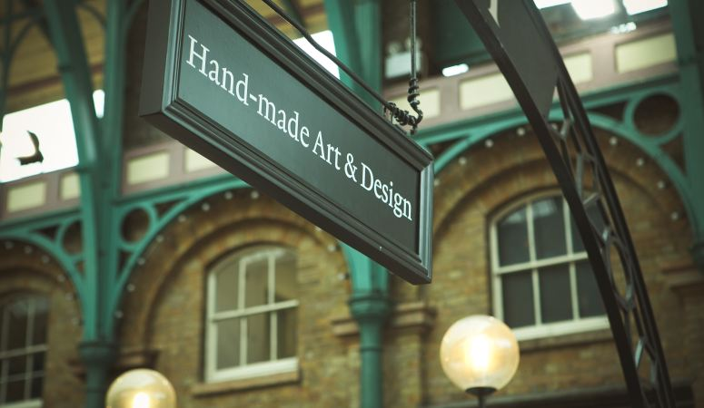 Get Signed Up – What Kind of Signage is out There?