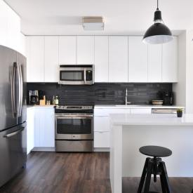 Adding Some Shine: Upgrading to a Stainless Kitchen is a Great Choice