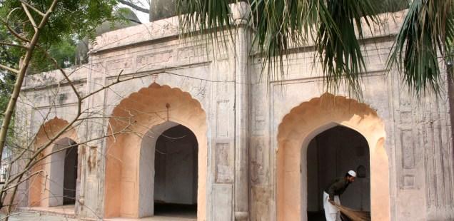 Atget's Corner – 756-760, Delhi Photos