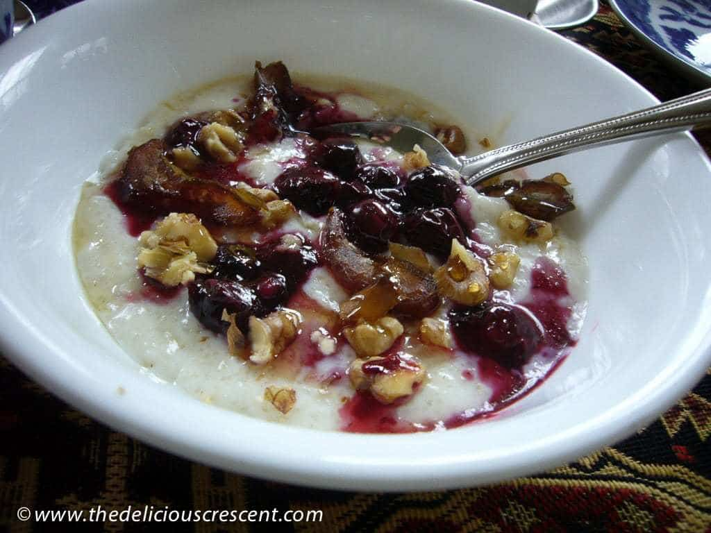 Barley Porridge with Blueberries