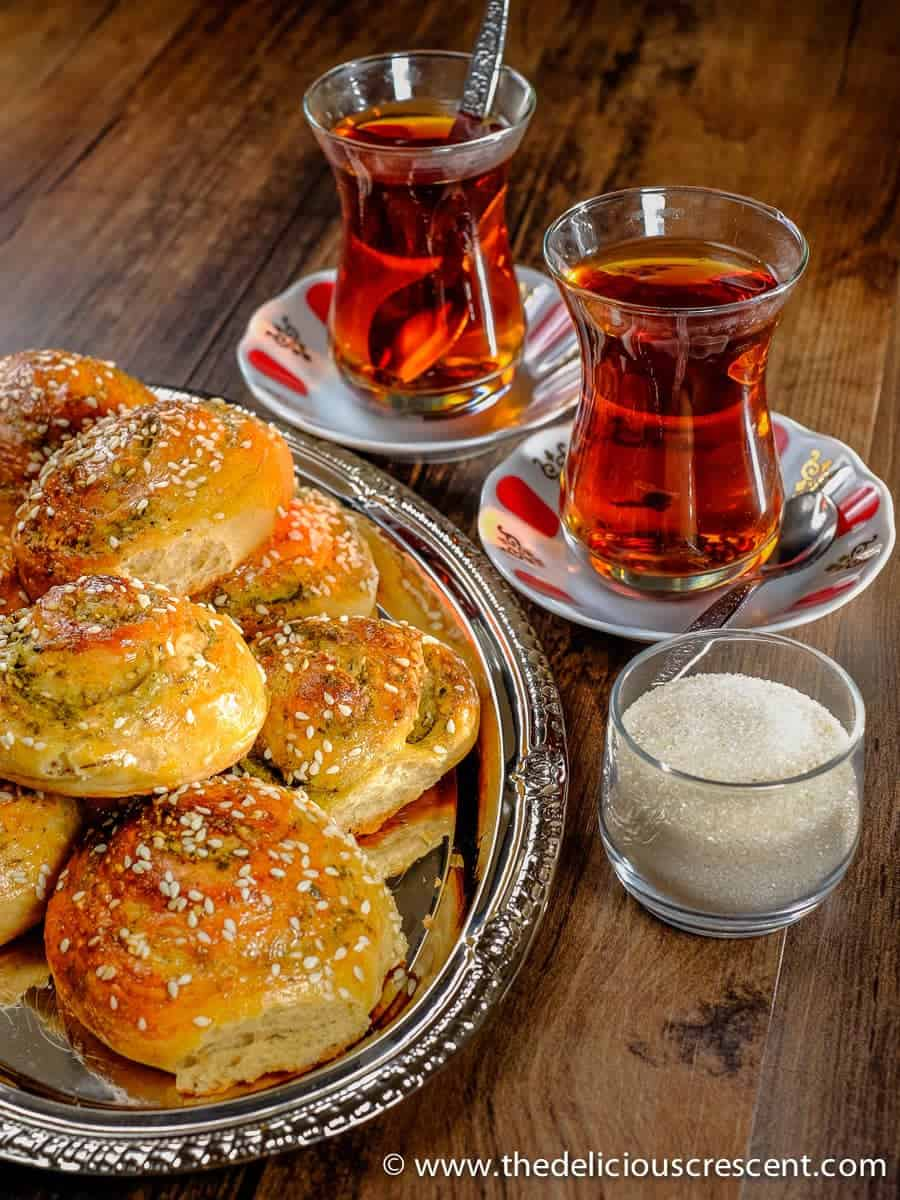Zaatar and Parmesan Cheese Bread Rolls – a delightful savory brunch treat – with flaxseeds, healthy fats, fiber rich and a robust flavor! These bread rolls are inspired by the flavors of the Mediterranean.