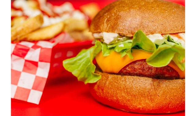 Lord of the Fries' new Beyond 'beef' Burger is uncannily like the real deal