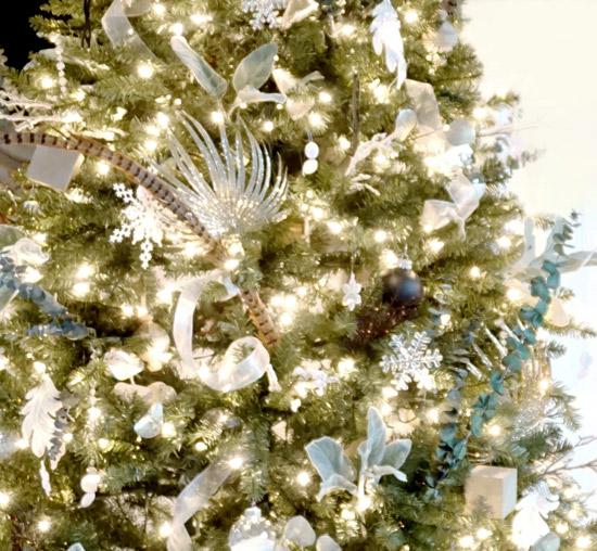 The Design Confidential Modern Boho Deco Christmas Tree