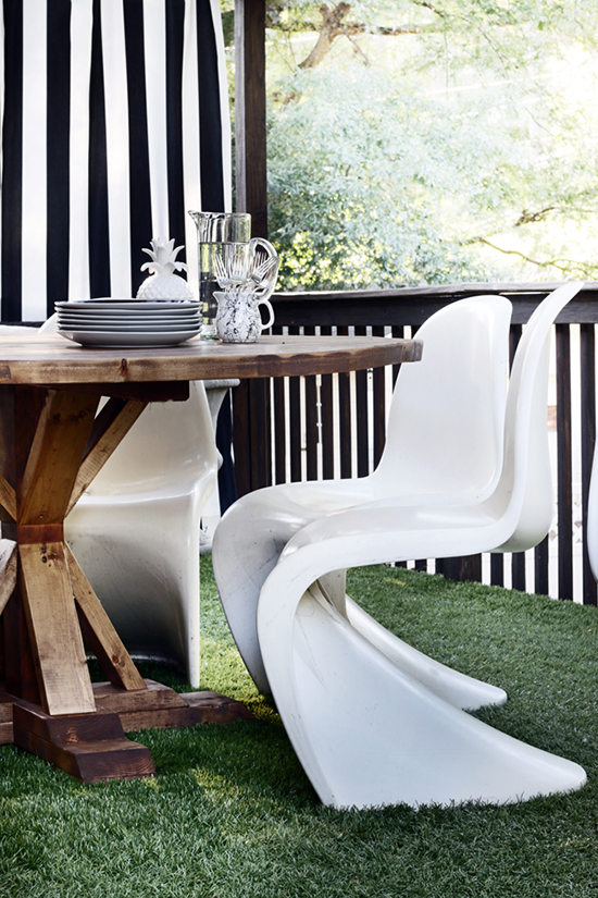 You Can Build This! The Design Confidential Builders Showcase // Hunted Interior's Round Provence Beam Dining Table