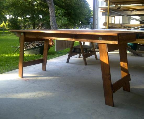 Free Woodworking Plans To Build A Fabulous Folding Table The Design Confidential - How To Make A Folding Table Legs