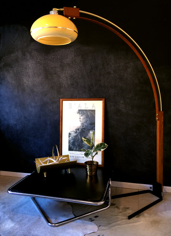 Side View of 1970 Curved Arc Floor Lamp Tubular coffee Table Vintage Frame and Print Brass Planter and Gold Log Holder for The Vintage Vulture // My Latest Finds + My Vintage Obsession
