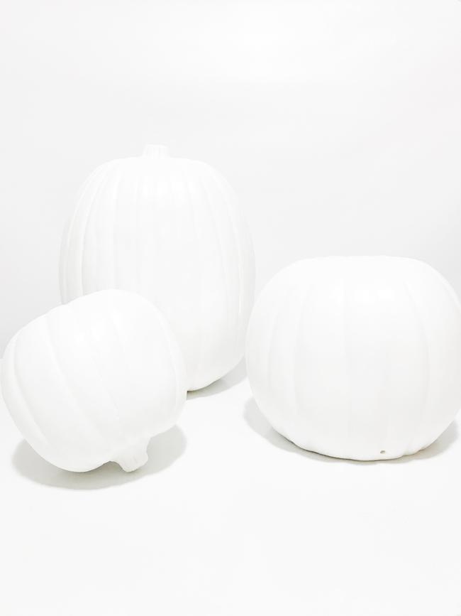The-Design-Confidential-Michaels-Makers-Faux-Marble-Pumpkin