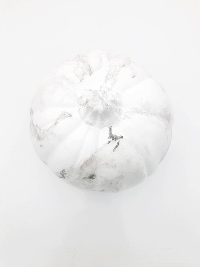 The Design Confidential x Michaels Makers DIY Faux Marble Pumpkin