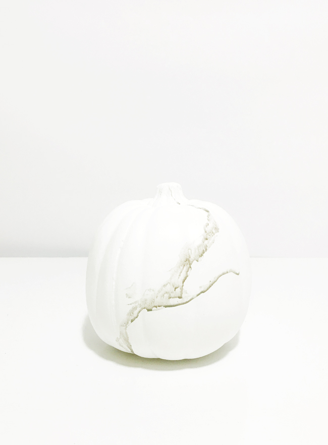 The Design Confidential x Michaels Makers DIY Faux Marble Pumpkin