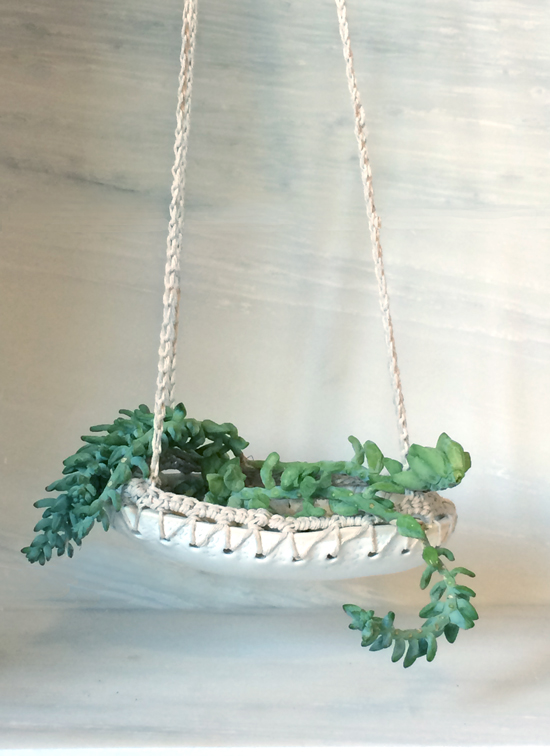 Ceramic and Crochet Hanging Planter for The Design Confidential in Partnership with Great.ly and Styling // Gorgeous Great.ly Gathered Goods