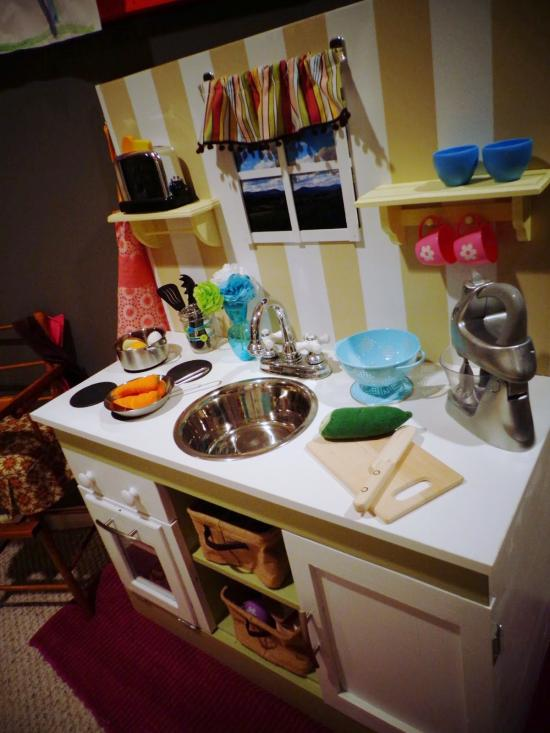 The Design Confidential Builders Showcase RTF Play Kitchen