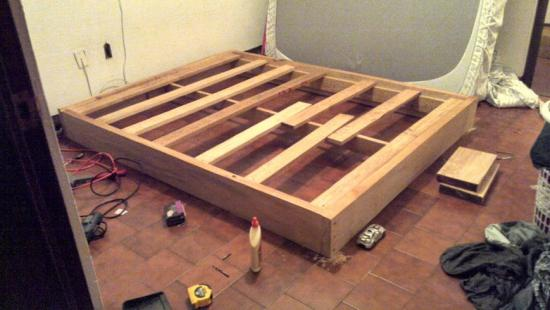 Nice Free Woodworking Plans to Build a Viva Terra Inspired Queen Sized Vintage Fir Platform Bed