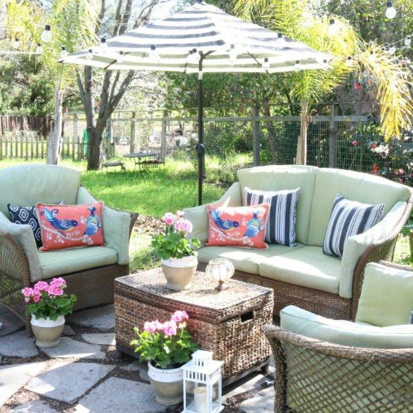 outdoor budget decor