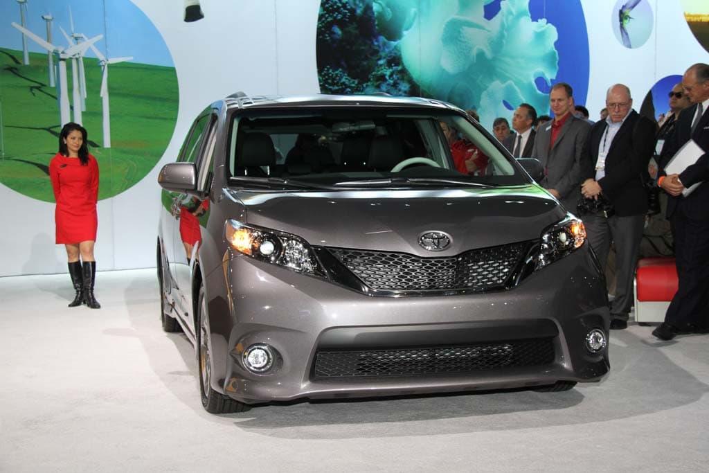 2011 Toyota Sienna Sport Edition