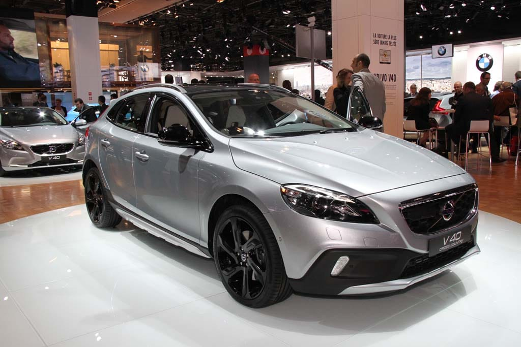 Volvo V40 Cross Country Blends Wagon And Crossover