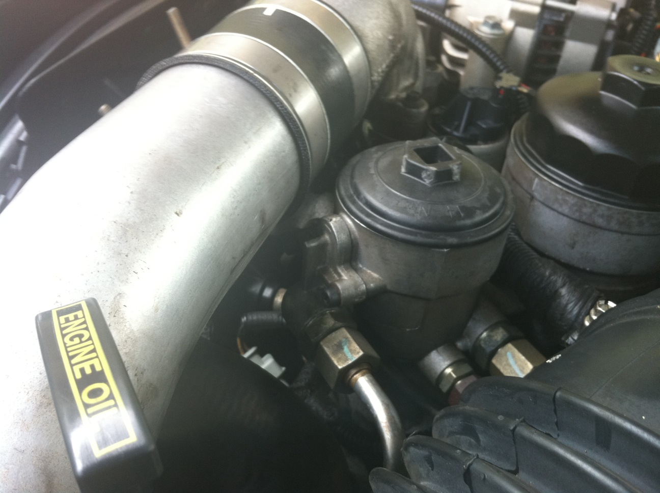 hight resolution of click image for larger version name fuel filter body jpg views 74554 size 6 0l