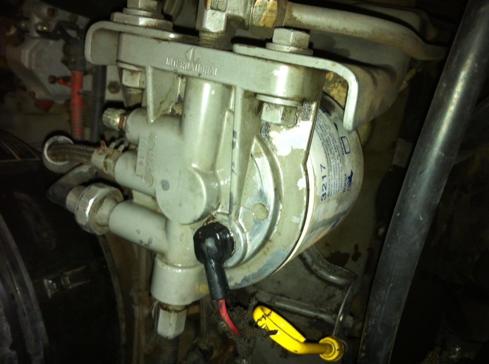 medium resolution of click image for larger version name photo 3 jpg views 3775 fuel filter leak diesel