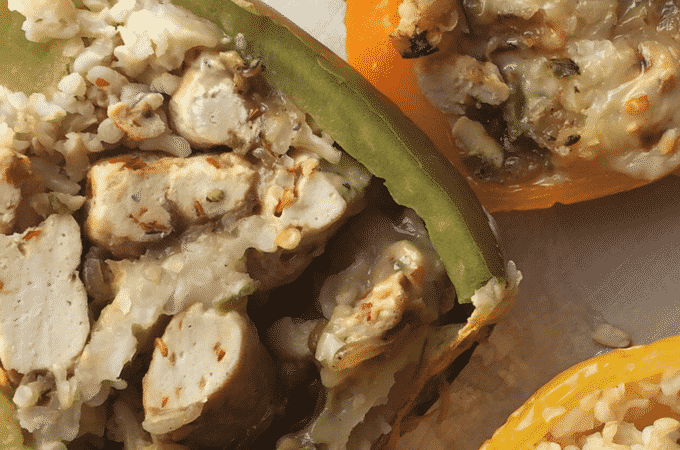 Healthy italian sausage stuffed peppers recipe. These stuffed peppers by The Diet Chef are full of protein and only 5 Weight Watcher Points Plus #HealthyStuffedPeppers #WeightWatchers