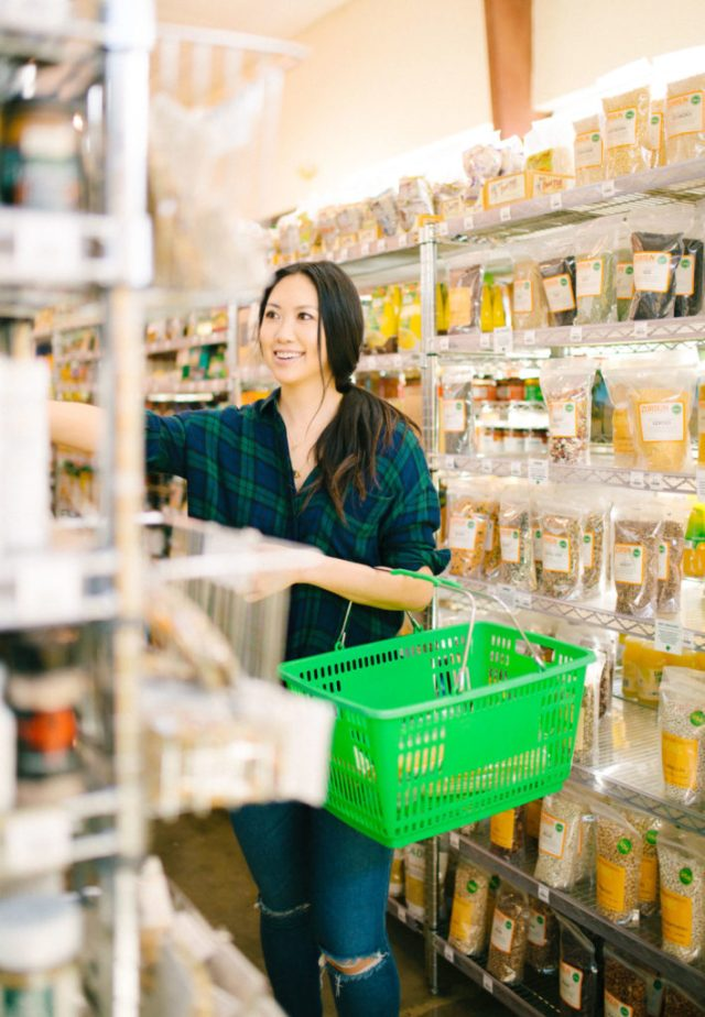 Grocery shopping tips pantry items