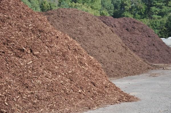 topsoil mulch sand fertilizer