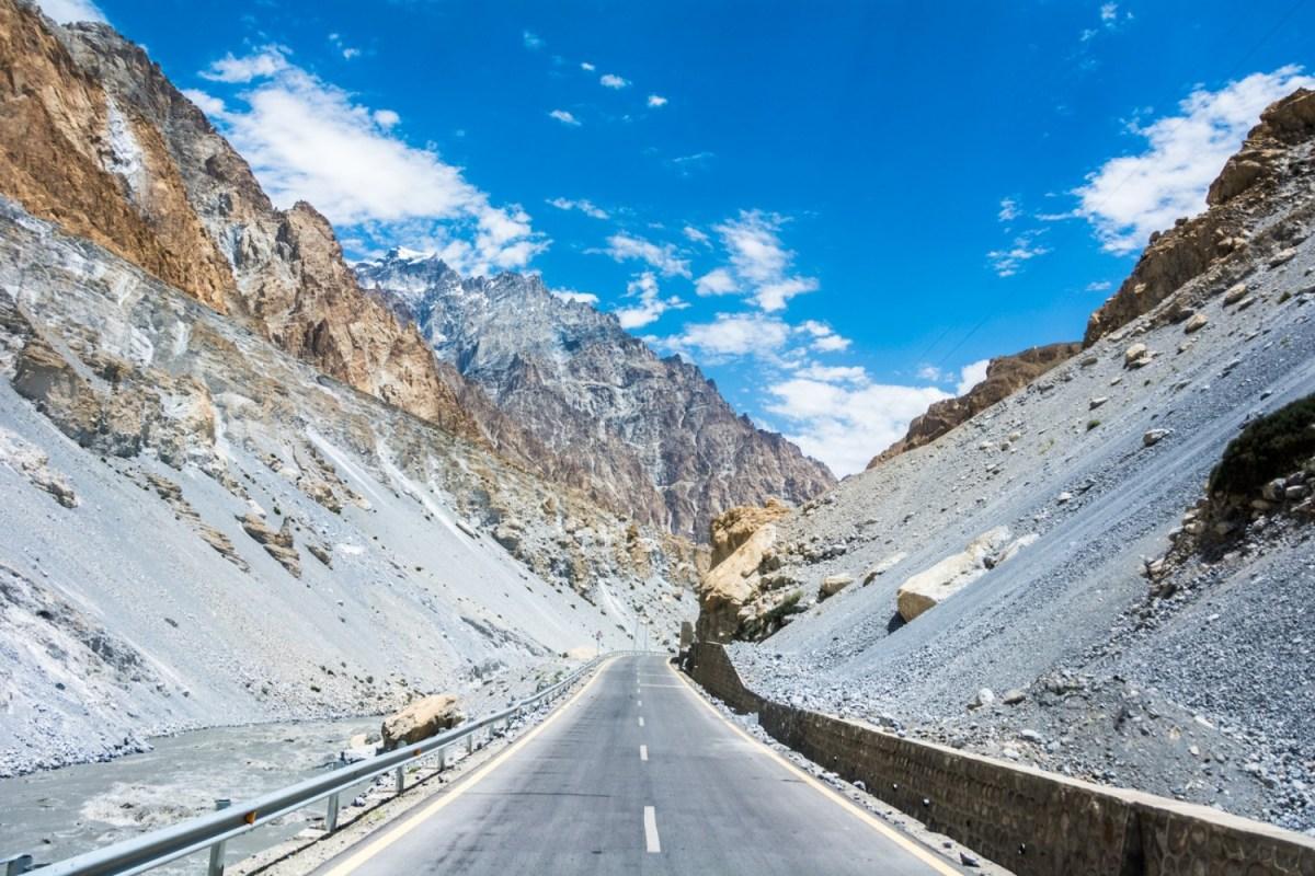 Epic Summer Road Trip Ideas - Karkoram Highway in Pakistan