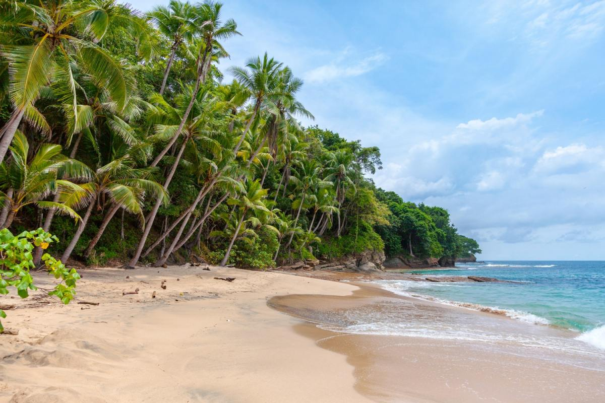 When s the best time to visit central america the for Nice beaches in usa