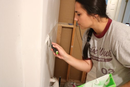 mudding the drywall joints