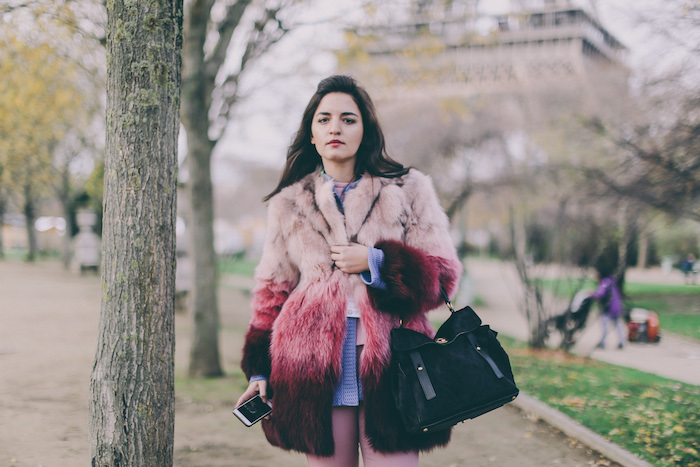 Paris Christmas fashion blogger