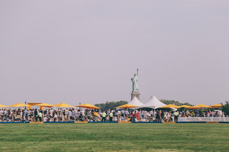 veuve clicquot polo classic fashion blogger anja tufina