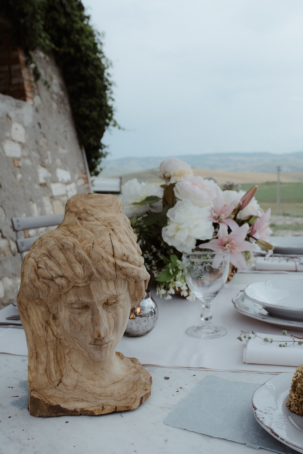 Fashion Blogger Wedding Tuscany Bianco Photography