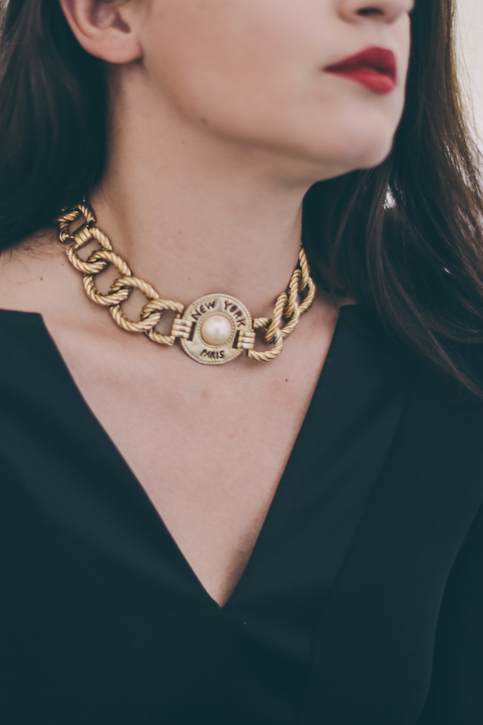 gold vintage necklace fashion blogger