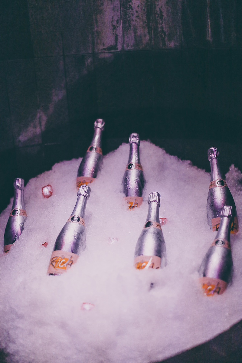 Clicquot in the snow - Veuve Clicquot Rich Rose
