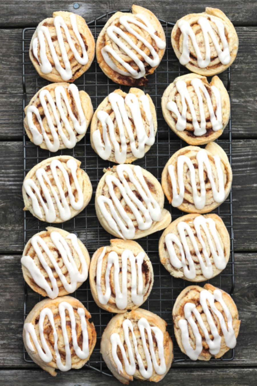The Best No-Yeast Cinnamon Buns   thedomesticblonde.com