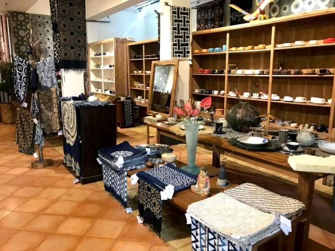 ikat batik ubud shopping