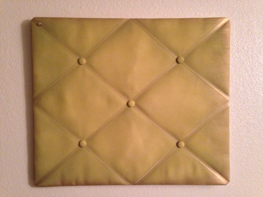 How To : Padded Board Necklace Display    Dreamery Events