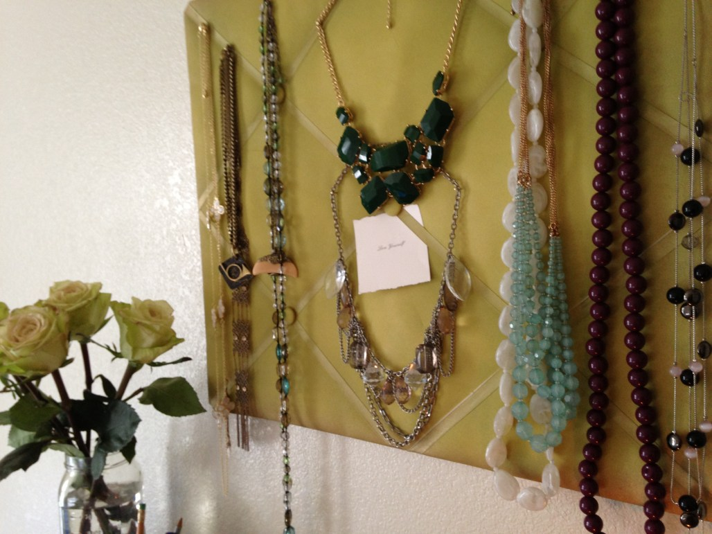 How To : Padded Board Necklace Display || Dreamery Events