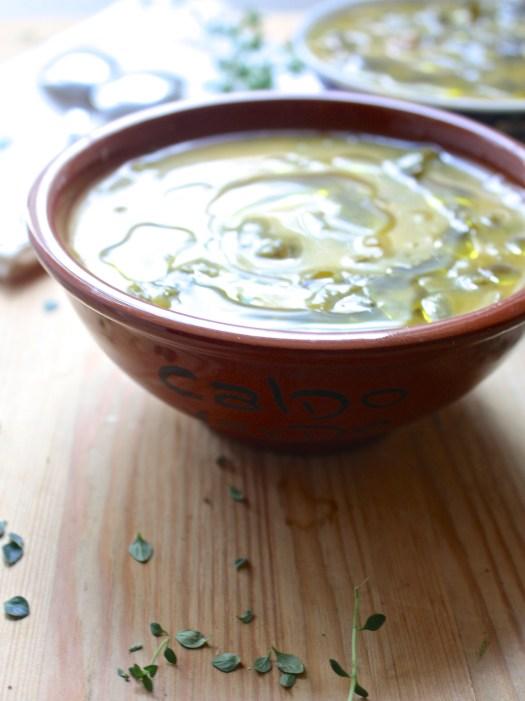 Vegetarian Caldo Verde {Portuguese Green Soup}