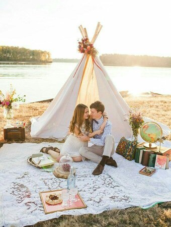 Creative Ideas for a Romantic Picnic