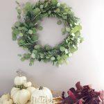 Handmade Holiday : A Fragrant Natural DIY Wreath