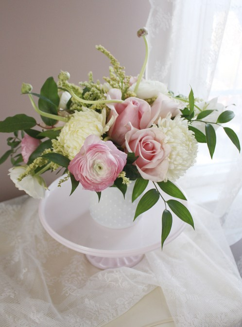 Welcoming Spring with Ranunculus & Roses | Dreamery Events