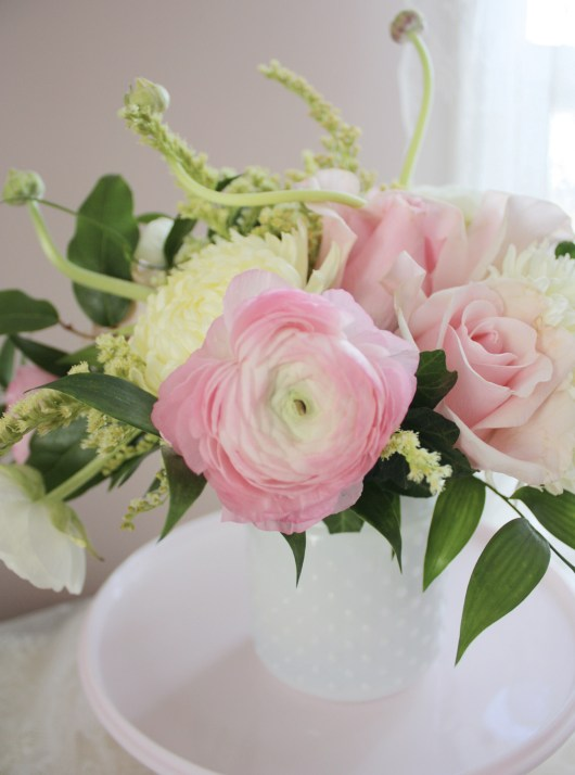 Welcoming Spring with Ranunculus & Roses   Dreamery Events