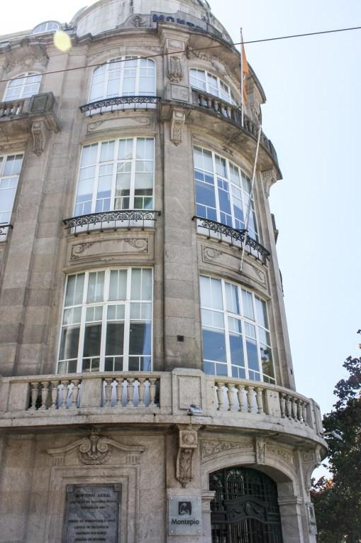 'Faded Grandeur' Meets Contemporary Architecture & Signature Cuisine || A Guide to Porto's Unique Vibrance | Dreamery Events