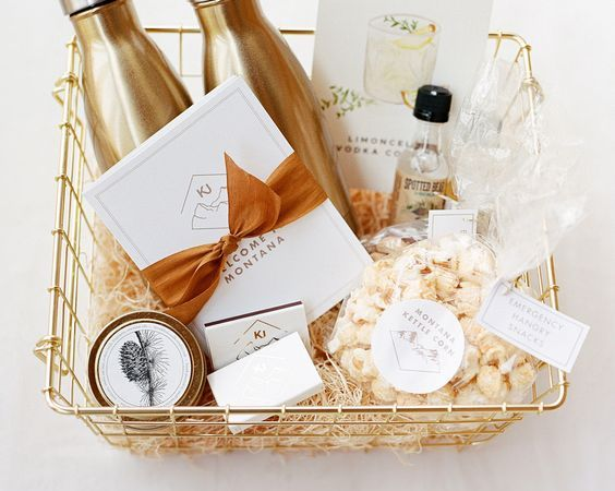 Wedding Inspiration : Thoughtful & Personal Welcome Bags