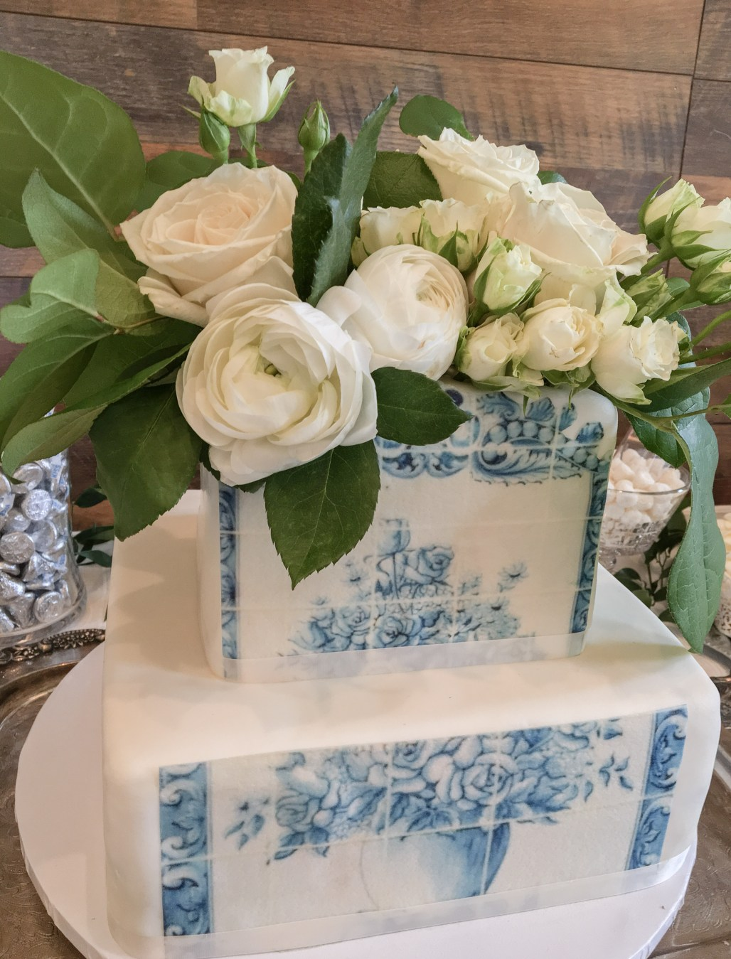 A Vintage Bridal Shower Inspired By Portuguese Details + Traditional Tiles    Dreamery Events
